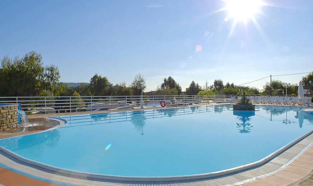 Diano marina camping avec piscine ligurie village vacances for Village vacances herault avec piscine